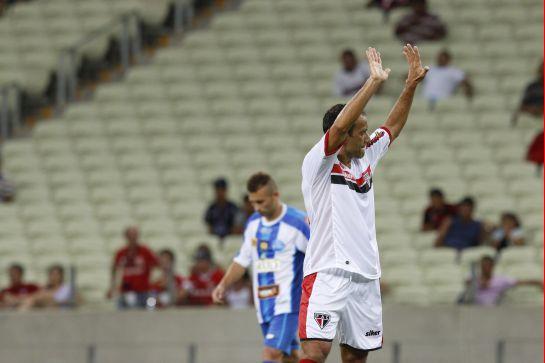 Iarley marcos 3 gols na vitória do Ferroviário sobre o Crato por 7 x 2
